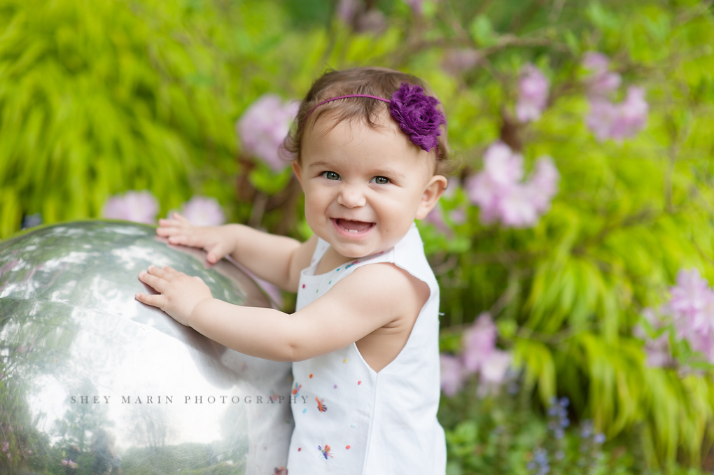 Spring baby girl | Bethesda Maryland family photographer