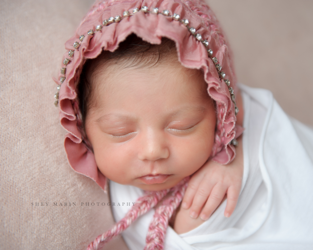 lovely newborn baby girl | Baltimore Maryland newborn photographer