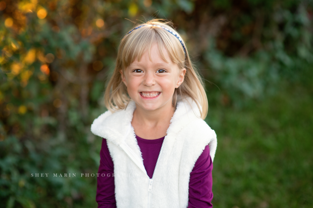 Frederick Maryland local photographer with a family